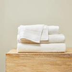 Serviettes de bain fournies